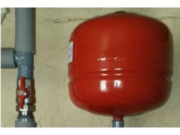 Как рассчитать объём расширительного бачка для системы отопления